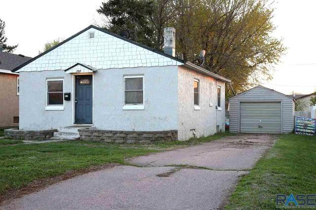 1509 N Elmwood Ave, Sioux Falls, SD 57104 (MLS #22102998) :: Tyler Goff Group