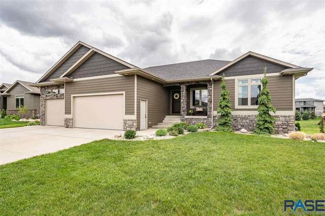 2164 S Silverpine Ct, Sioux Falls, SD 57110 (MLS #22103006) :: Tyler Goff Group