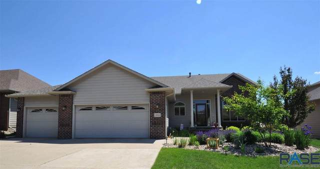 3804 S Orchid Ave, Sioux Falls, SD 57110 (MLS #22103034) :: Tyler Goff Group