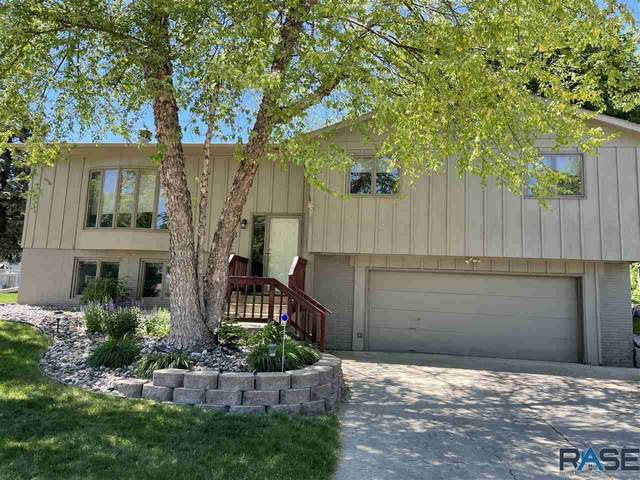 5501 W 45th St, Sioux Falls, SD 57106 (MLS #22103069) :: Tyler Goff Group