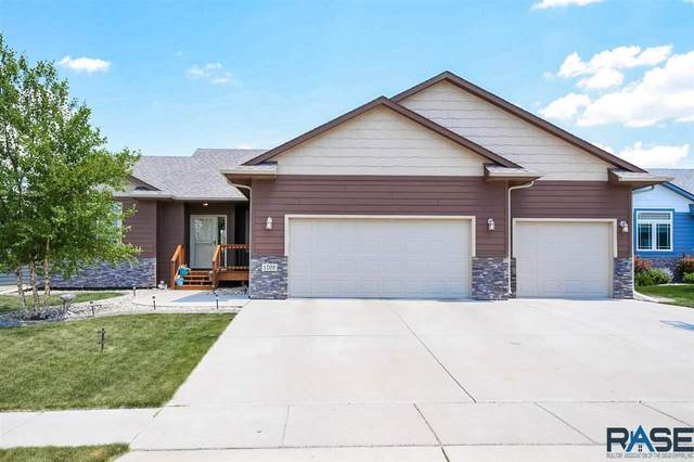 1208 S Maria Ave, Sioux Falls, SD 57106 (MLS #22103177) :: Tyler Goff Group