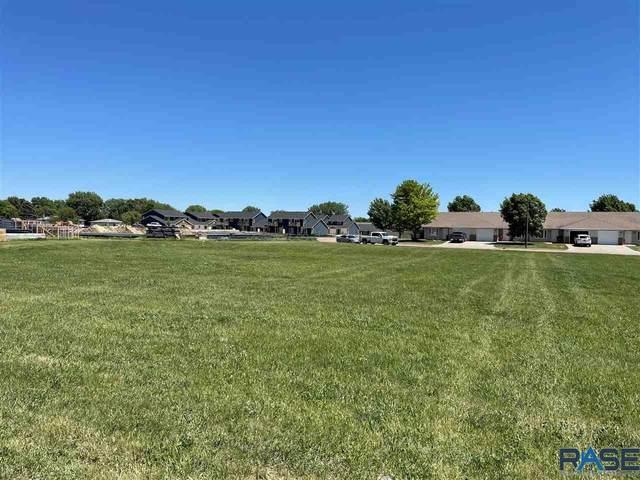 301 Harvest Trl, Harrisburg, SD 57032 (MLS #22103193) :: Tyler Goff Group