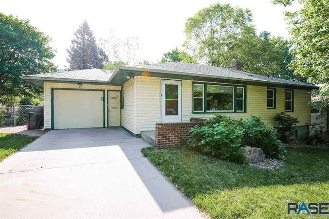 2616 S Center Ave, Sioux Falls, SD 57105 (MLS #22103209) :: Tyler Goff Group