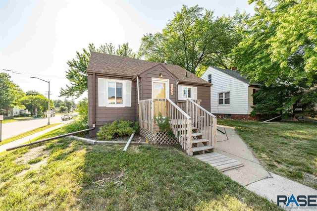 132 N West Ave, Sioux Falls, SD 57104 (MLS #22103288) :: Tyler Goff Group