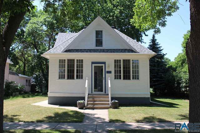 113 S Union Ave, Madison, SD 57042 (MLS #22103338) :: Tyler Goff Group