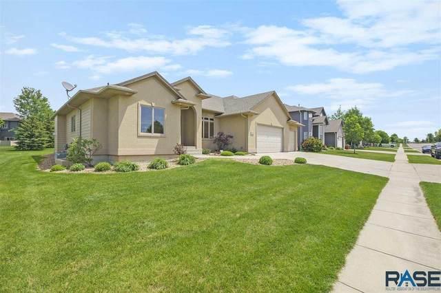 6808 S Heatherridge Ave, Sioux Falls, SD 57108 (MLS #22103356) :: Tyler Goff Group