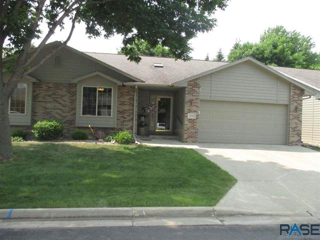 5311 W Sunnydale Pl, Sioux Falls, SD 57106 (MLS #22103392) :: Tyler Goff Group