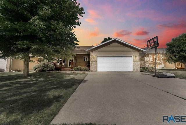 605 Falcon Ave, Harrisburg, SD 57032 (MLS #22103396) :: Tyler Goff Group