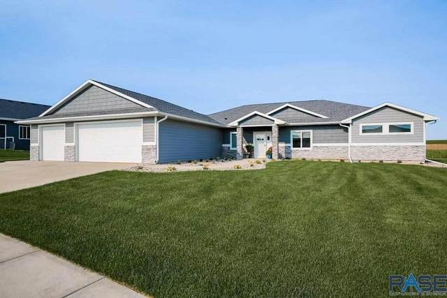 2605 S Moss Stone Ave, Sioux Falls, SD 57110 (MLS #22103401) :: Tyler Goff Group