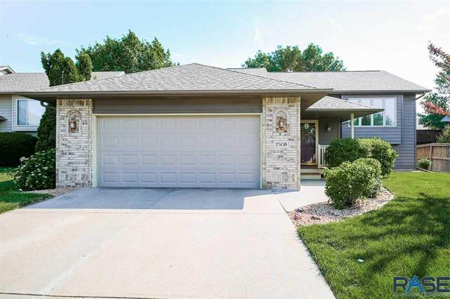 2508 S Alpine Ave, Sioux Falls, SD 57110 (MLS #22103407) :: Tyler Goff Group