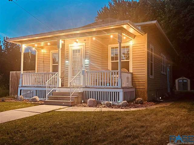 800 S 2nd Ave, Sioux Falls, SD 57104 (MLS #22103438) :: Tyler Goff Group