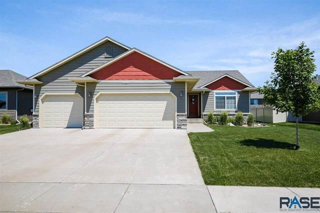 6734 E 44th St, Sioux Falls, SD 57110 (MLS #22103455) :: Tyler Goff Group