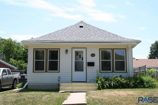 919 W 5th Ave, Mitchell, SD 57301 (MLS #22103473) :: Tyler Goff Group