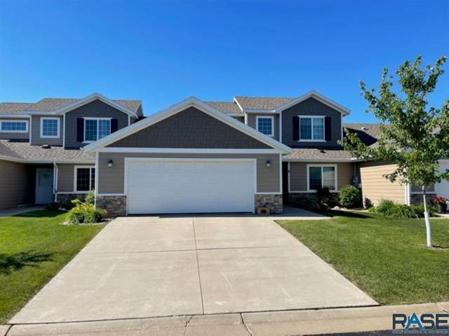 207 E 83rd Pl, Sioux Falls, SD 57108 (MLS #22103485) :: Tyler Goff Group