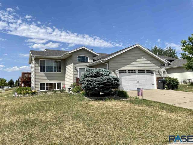 7424 W 53rd St, Sioux Falls, SD 57106 (MLS #22103509) :: Tyler Goff Group