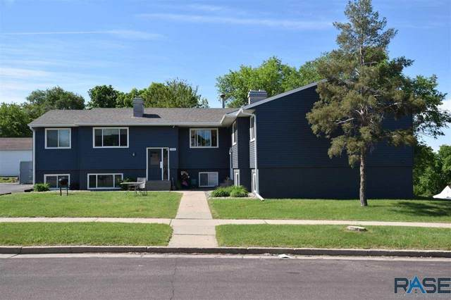 300 S Wayland Ave, Sioux Falls, SD 57103 (MLS #22103568) :: Tyler Goff Group