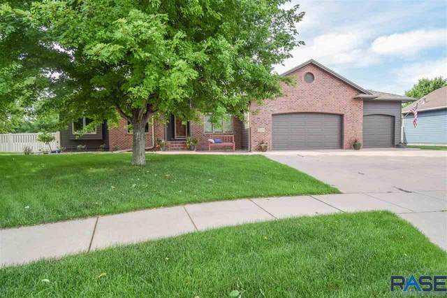 4401 E Aster Cir, Sioux Falls, SD 57103 (MLS #22103797) :: Tyler Goff Group