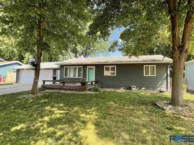 5316 W 52nd St, Sioux Falls, SD 57106 (MLS #22103808) :: Tyler Goff Group