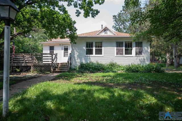 304 E 4th St, Hartford, SD 57033 (MLS #22104092) :: Tyler Goff Group