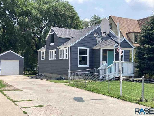 3204 N Jessica Ave, Sioux Falls, SD 57104 (MLS #22104101) :: Tyler Goff Group