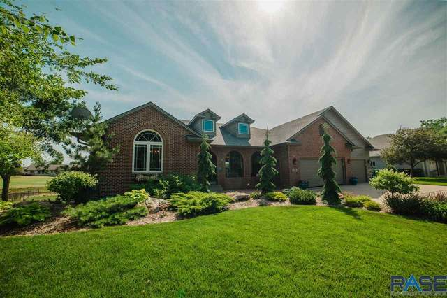 209 W Spy Glass Dr, Sioux Falls, SD 57108 (MLS #22104113) :: Tyler Goff Group