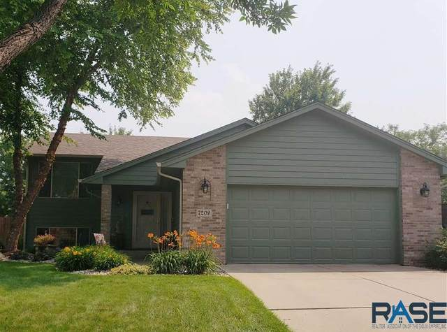 7209 W Strabane St, Sioux Falls, SD 57106 (MLS #22104119) :: Tyler Goff Group