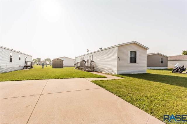 6016 S Prestwick Pl, Sioux Falls, SD 57106 (MLS #22104127) :: Tyler Goff Group