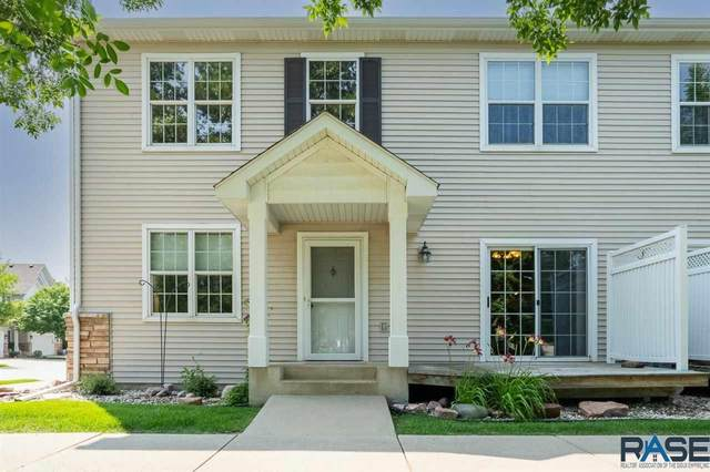 3321 W Ralph Rogers Rd, Sioux Falls, SD 57108 (MLS #22104184) :: Tyler Goff Group