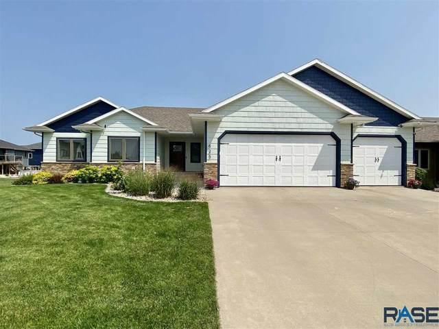 625 S Berretta Ln, Sioux Falls, SD 57106 (MLS #22104303) :: Tyler Goff Group