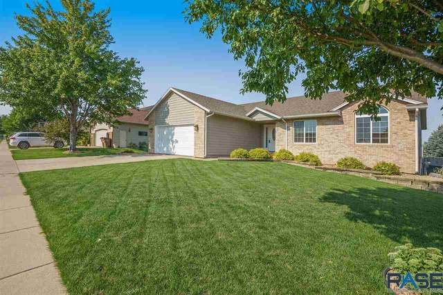 7521 S Hughes Ave, Sioux Falls, SD 57108 (MLS #22104315) :: Tyler Goff Group