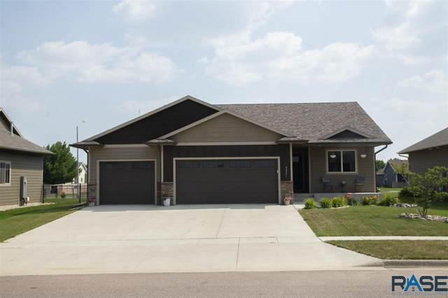 8001 W Marlis St, Sioux Falls, SD 57106 (MLS #22104325) :: Tyler Goff Group