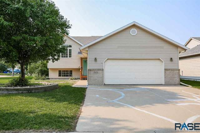 7431 W Legacy Ct, Sioux Falls, SD 57106 (MLS #22104389) :: Tyler Goff Group