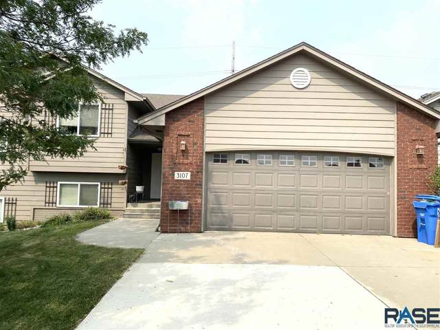 3107 N Aurora Ave, Sioux Falls, SD 57107 (MLS #22104450) :: Tyler Goff Group