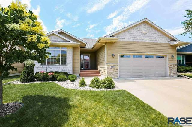 2217 S June Ave, Sioux Falls, SD 57106 (MLS #22104551) :: Tyler Goff Group