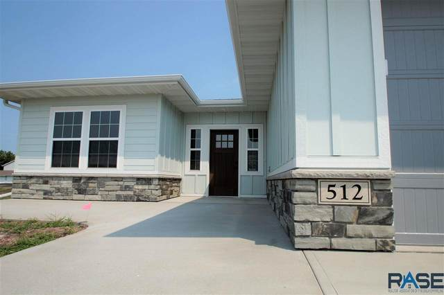 512 E Lakeview Dr, Brandon, SD 57005 (MLS #22104552) :: Tyler Goff Group