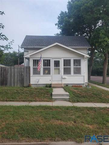 112 E 3rd St, Dell Rapids, SD 57022 (MLS #22104644) :: Tyler Goff Group