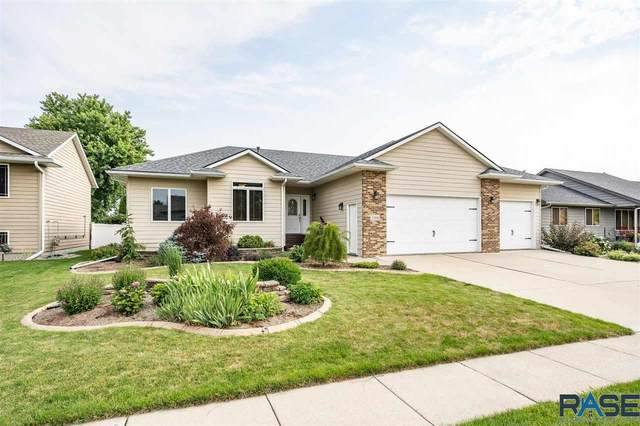 3104 W Rose Crest Dr, Sioux Falls, SD 57108 (MLS #22104762) :: Tyler Goff Group