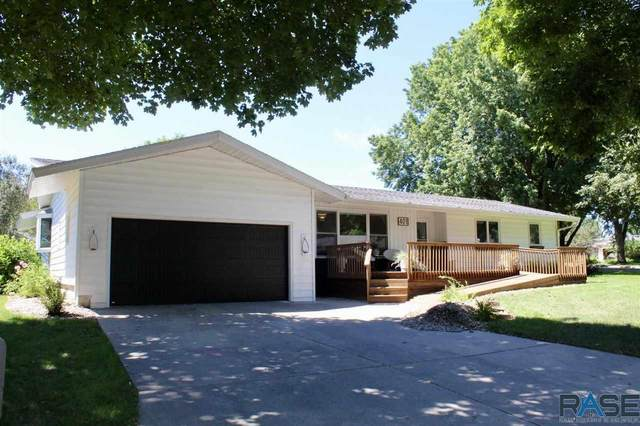 401 Central Ln, Luverne, MN 56156 (MLS #22104777) :: Tyler Goff Group
