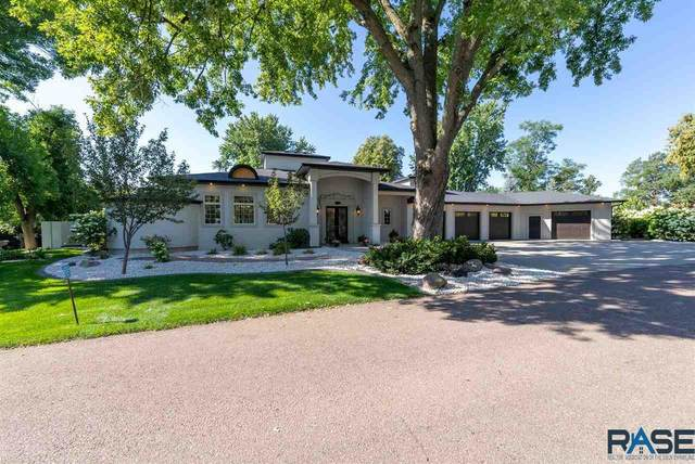 5009 S Old Yankton Pl, Sioux Falls, SD 57108 (MLS #22104925) :: Tyler Goff Group