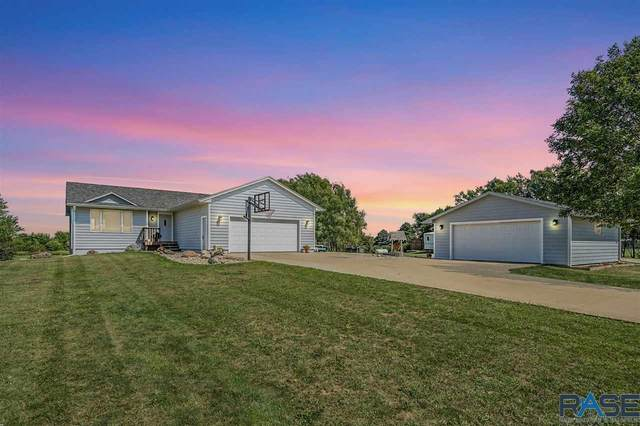 46216 267th St, Hartford, SD 57033 (MLS #22105091) :: Tyler Goff Group