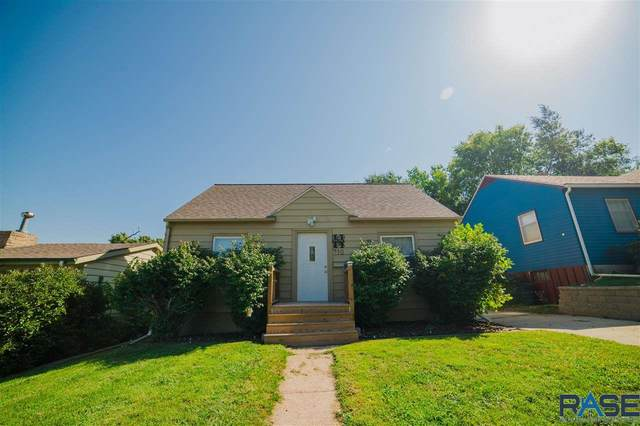 712 S Willow Ave, Sioux Falls, SD 57104 (MLS #22105685) :: Tyler Goff Group