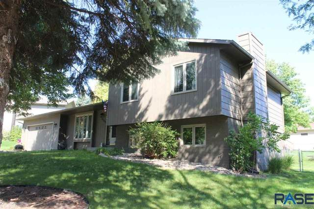 5708 W Parliament Dr, Sioux Falls, SD 57106 (MLS #22105690) :: Tyler Goff Group