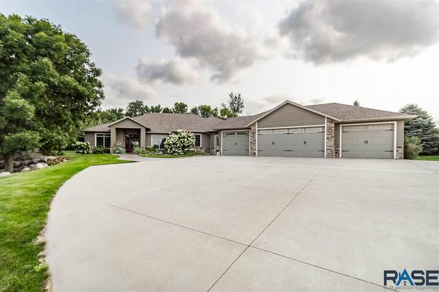 101 E 12th St, Dell Rapids, SD 57022 (MLS #22105697) :: Tyler Goff Group