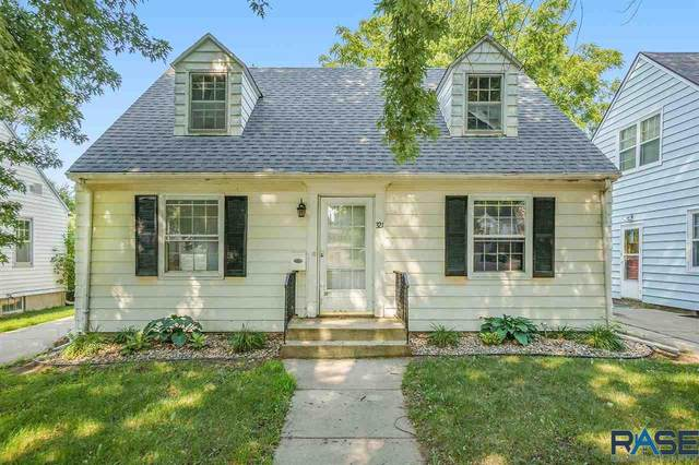 321 N Grange Ave, Sioux Falls, SD 57104 (MLS #22105717) :: Tyler Goff Group