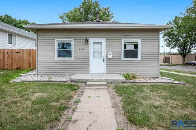 2126 S Duluth Ave, Sioux Falls, SD 57105 (MLS #22105719) :: Tyler Goff Group