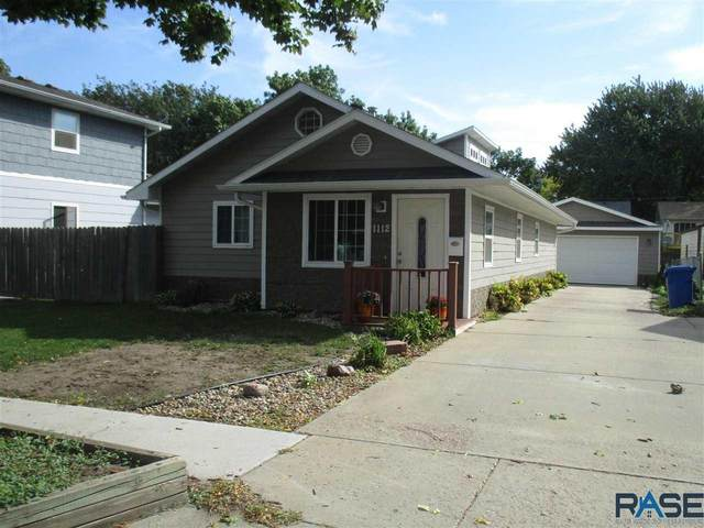 1112 N Garfield Ave, Sioux Falls, SD 57104 (MLS #22105720) :: Tyler Goff Group