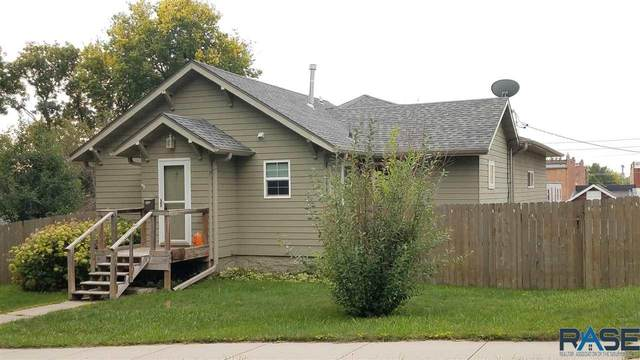409 E 5th St, Dell Rapids, SD 57022 (MLS #22105731) :: Tyler Goff Group