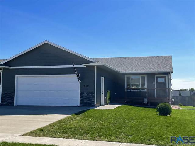 1509 E Gold Dust St, Sioux Falls, SD 57104 (MLS #22105744) :: Tyler Goff Group