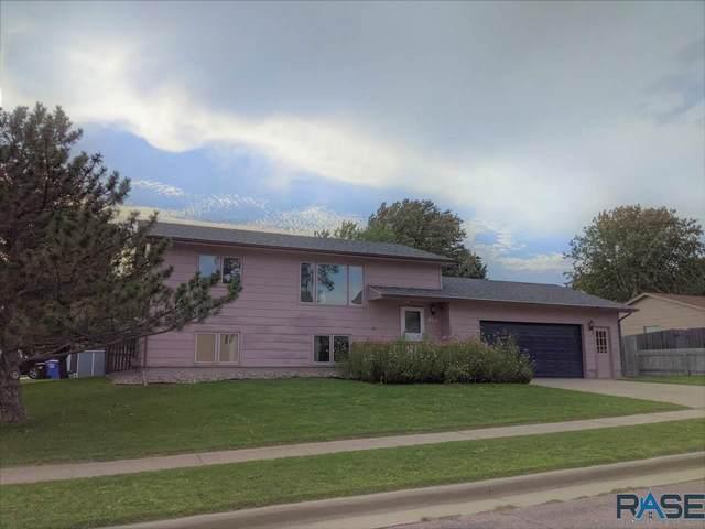 905 S Randolph Ln, Sioux Falls, SD 57106 (MLS #22105750) :: Tyler Goff Group