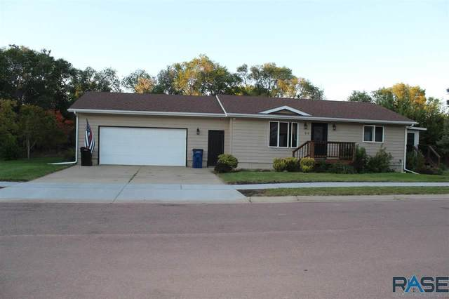 570 W Kimball St, Parker, SD 57053 (MLS #22105755) :: Tyler Goff Group